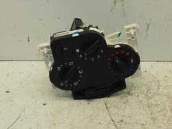 Heating & Ventilation Control Assembly DACIA DUSTER used