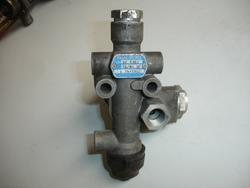 Air Suspension Valve DAF 85 CF Knorr SV1303 Ventil
