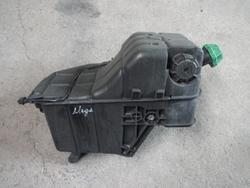 Coolant Expansion Tank Mercedes-Benz ACTROS MP2 Mercedes A0005003049010 Behr 06725010