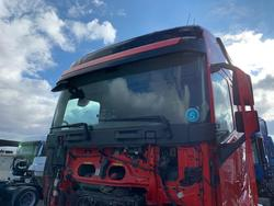 Driver Cab Volvo FH 13 Globetrotter XL rot