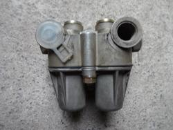 Multi-Circuit Protection Valve Volvo FH 12 Knorr Bremse AE4428 Volvo 8152899