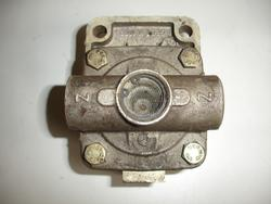 Pressure Limiting Valve DAF 95 XF Wabco 4733010027 MAN