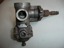Pressure Limiting Valve MAN F 2000 Ventil Wabco 4750100090