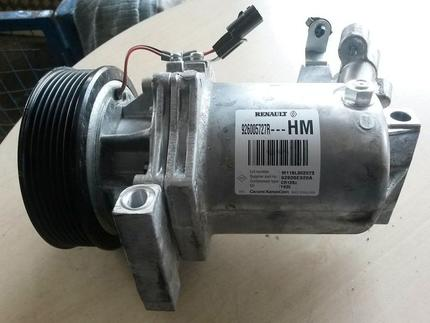 Air Conditioning Compressor DACIA DOKKER used - Image 0